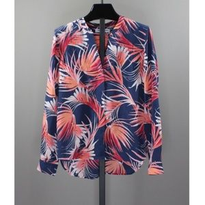 NEW! TOMMY BAHAMA SILK TOP!